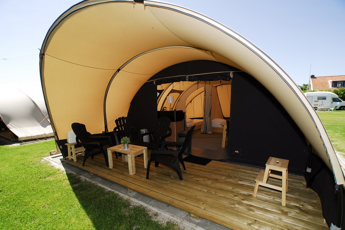 4 persoons Tunneltent op Camping aan zee